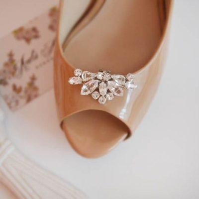 Biżuteryjne klipsy do butów