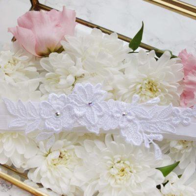 Biała podwiązka z kwiatkami #20