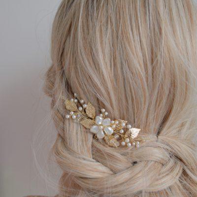 Grzebyk do włosów z perłami Swarovskiego, model Anastazja
